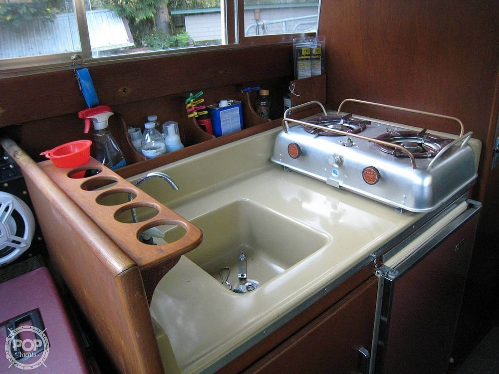 1967 Tollycraft boat for sale, model of the boat is Express & Image # 21 of 40