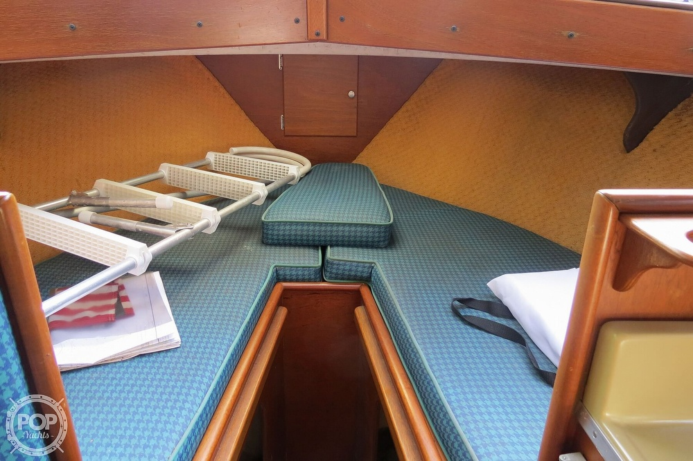 1967 Tollycraft boat for sale, model of the boat is Express & Image # 16 of 40