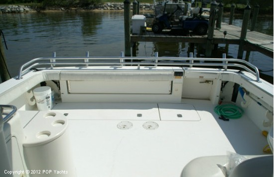 1997 Sea Ray 370 Express Cruiser - Photo #6