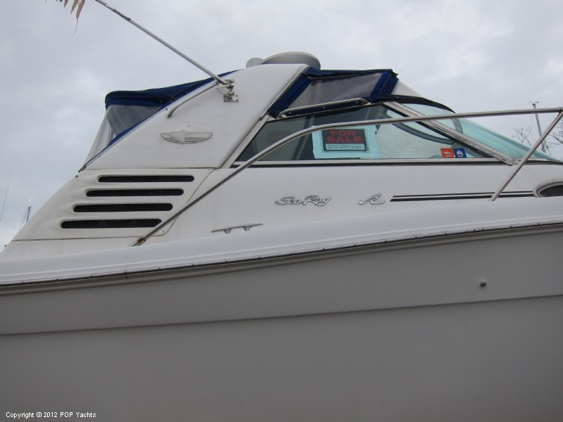 1997 Sea Ray 370 Express Cruiser - Photo #28