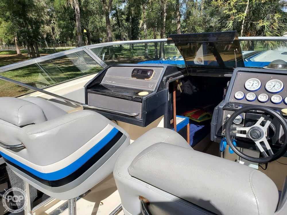 1986 Formula boat for sale, model of the boat is 272 SR-1 & Image # 25 of 40