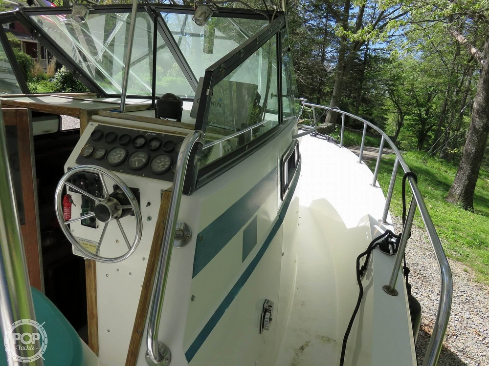 1987 Pro-Line boat for sale, model of the boat is 2501 & Image # 26 of 40