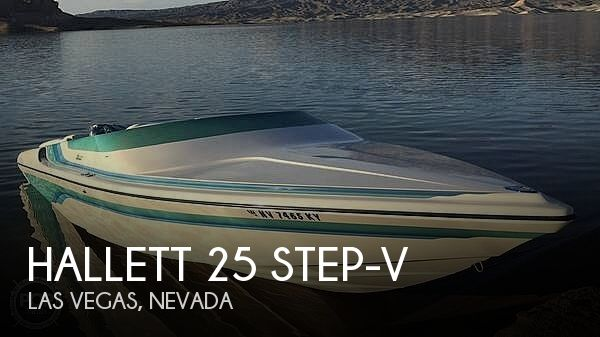 1997 HALLETT 25 STEP V for sale