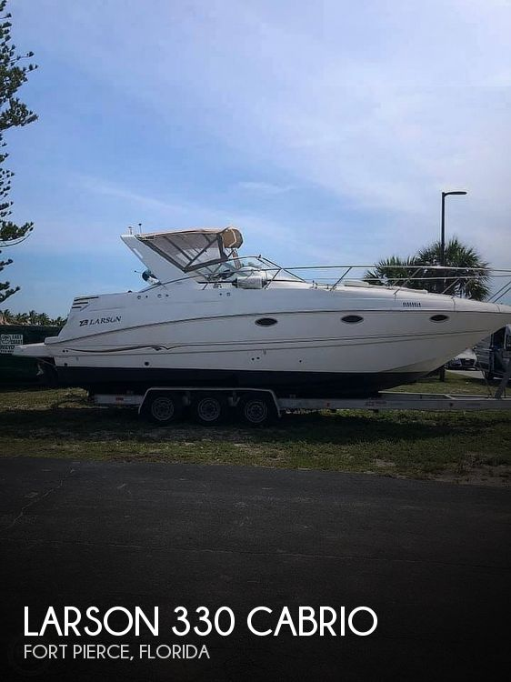 Used Larson Boats For Sale by owner | 2002 Larson 330 Cabrio