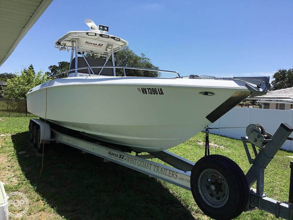 2004 Scarab boat for sale, model of the boat is 32 KONA DIESEL SPORT FISHER & Image # 2 of 40