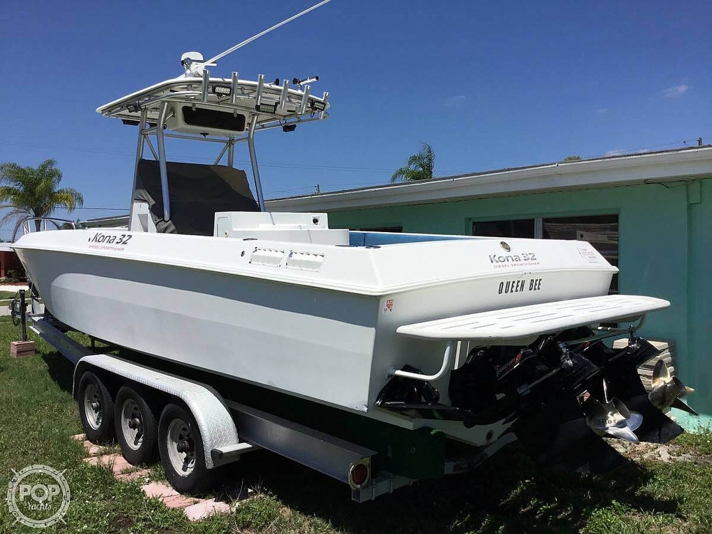2004 Scarab boat for sale, model of the boat is 32 KONA DIESEL SPORT FISHER & Image # 3 of 40
