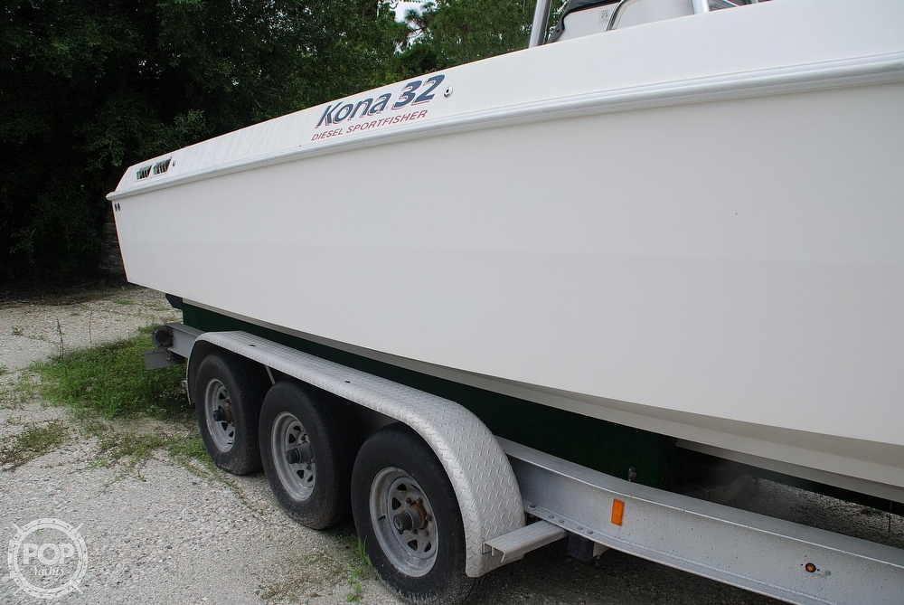 2004 Scarab boat for sale, model of the boat is 32 KONA DIESEL SPORT FISHER & Image # 36 of 40