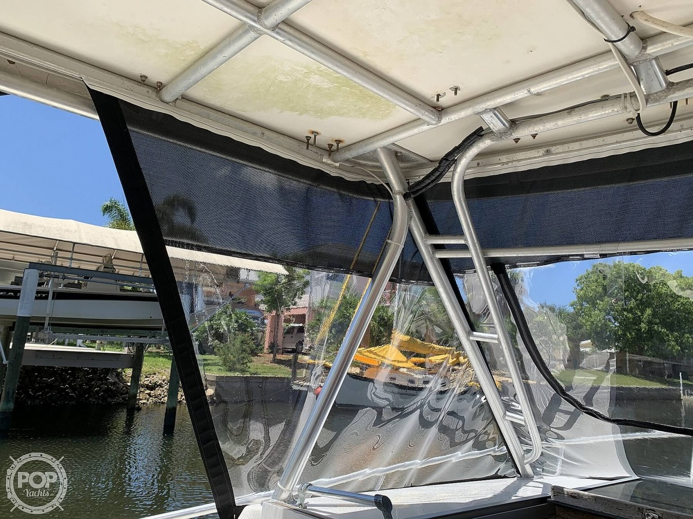 1990 Luhrs boat for sale, model of the boat is 290 Tournament & Image # 37 of 40
