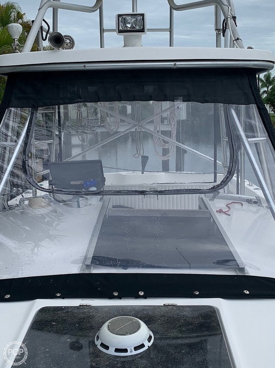 1990 Luhrs boat for sale, model of the boat is 290 Tournament & Image # 6 of 40
