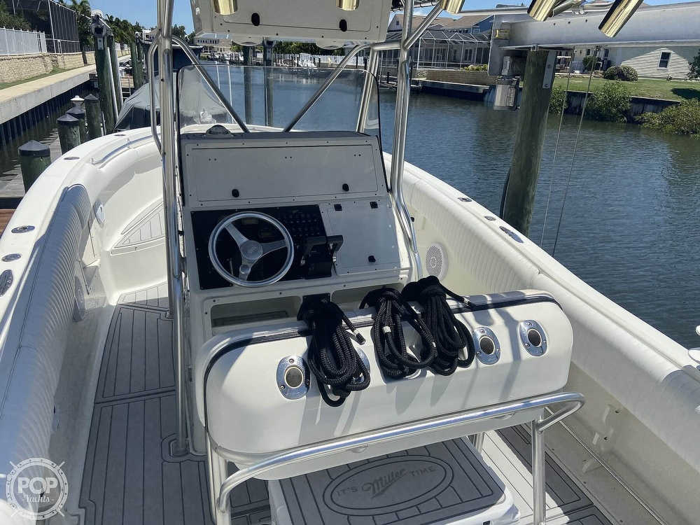 2004 Hydra-Sports boat for sale, model of the boat is 2800 CC Vector & Image # 8 of 40