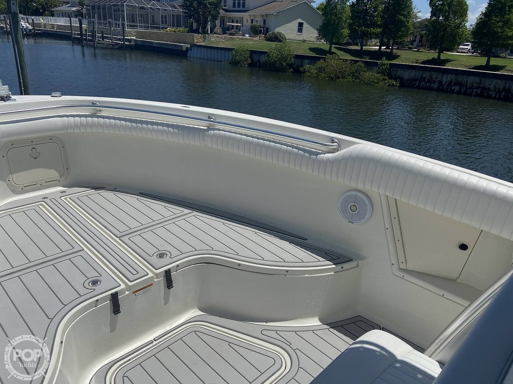 2004 Hydra-Sports boat for sale, model of the boat is 2800 CC Vector & Image # 14 of 40