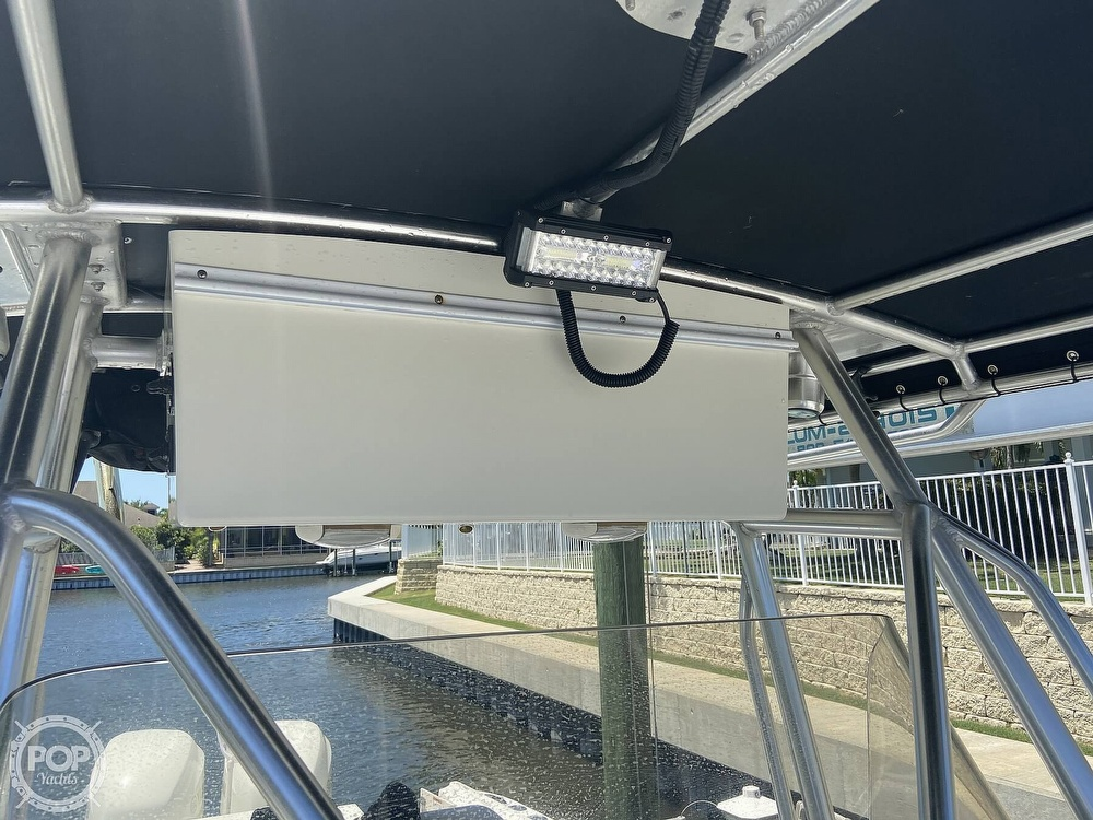 2004 Hydra-Sports boat for sale, model of the boat is 2800 CC Vector & Image # 21 of 40
