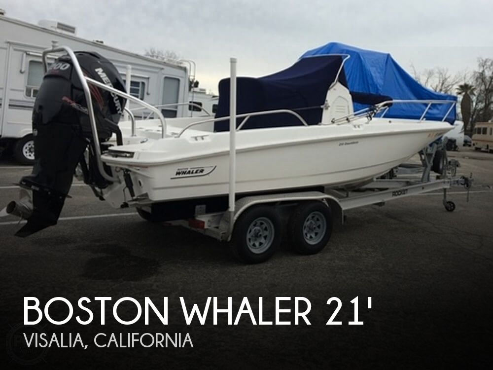 Used Boats For Sale in Visalia, California by owner | 2016 Boston Whaler 210 Dauntless