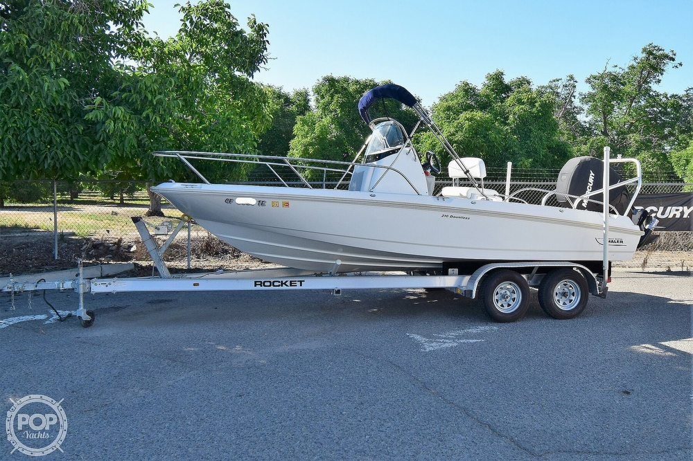 2016 Boston Whaler boat for sale, model of the boat is 210 Dauntless & Image # 2 of 41