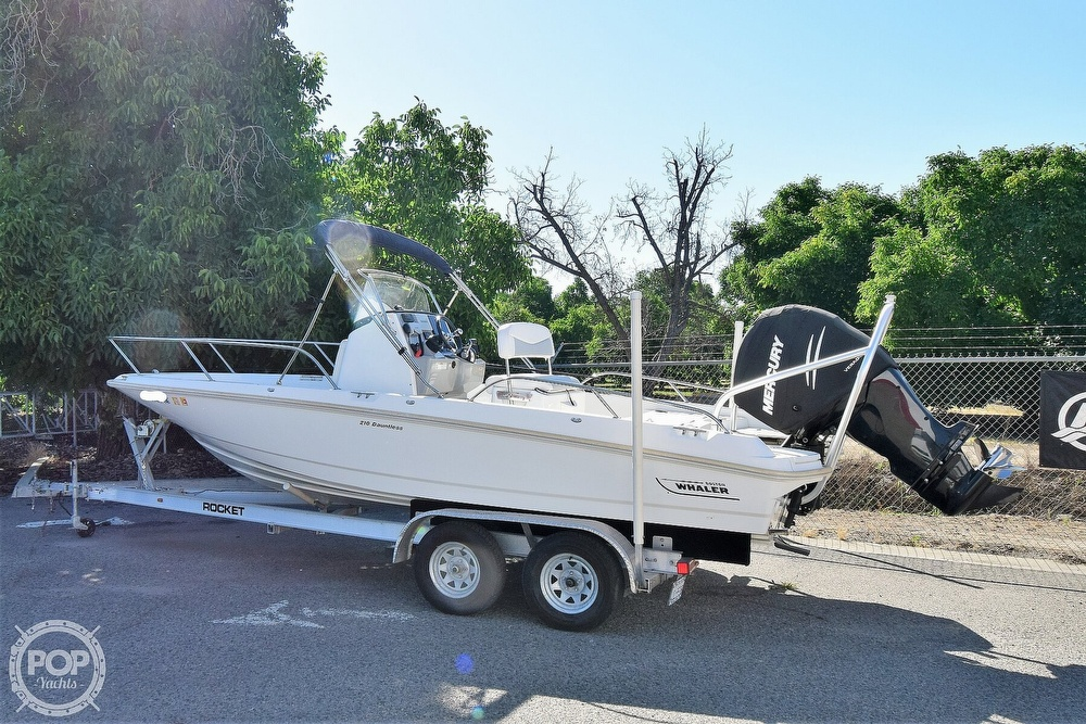 2016 Boston Whaler boat for sale, model of the boat is 210 Dauntless & Image # 29 of 41