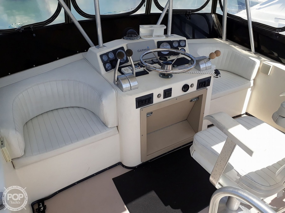 1995 Albemarle boat for sale, model of the boat is 32 & Image # 10 of 12