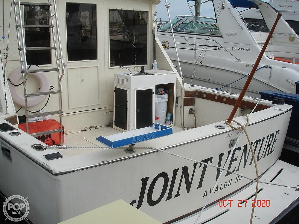 1980 Chris Craft boat for sale, model of the boat is 36 Commander & Image # 6 of 40