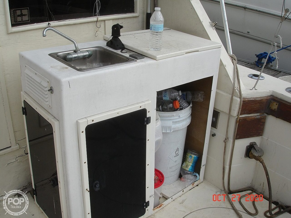 1980 Chris Craft boat for sale, model of the boat is 36 Commander & Image # 19 of 40