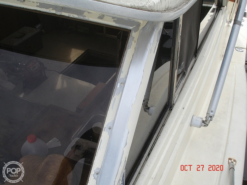 1980 Chris Craft boat for sale, model of the boat is 36 Commander & Image # 33 of 40