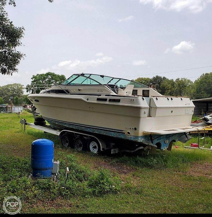 1986 Sea Ray boat for sale, model of the boat is 31 & Image # 3 of 40