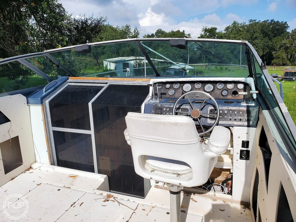 1986 Sea Ray boat for sale, model of the boat is 31 & Image # 14 of 40