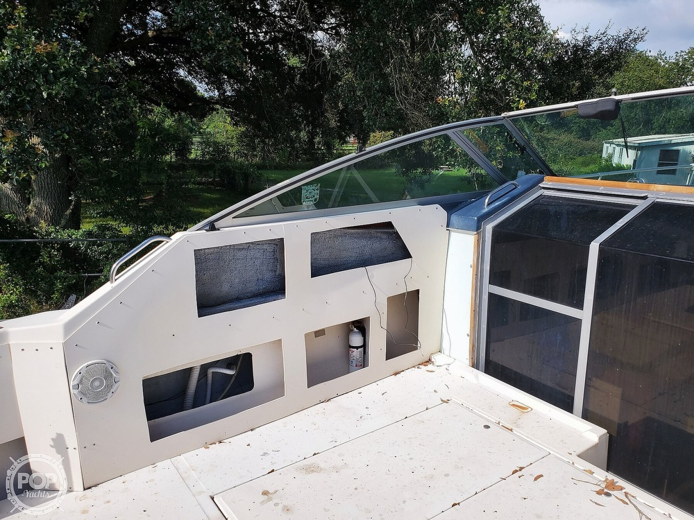 1986 Sea Ray boat for sale, model of the boat is 31 & Image # 16 of 40