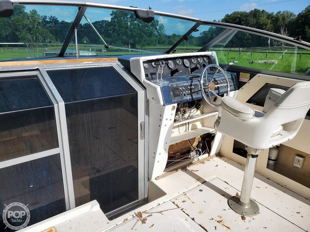 1986 Sea Ray boat for sale, model of the boat is 31 & Image # 19 of 40