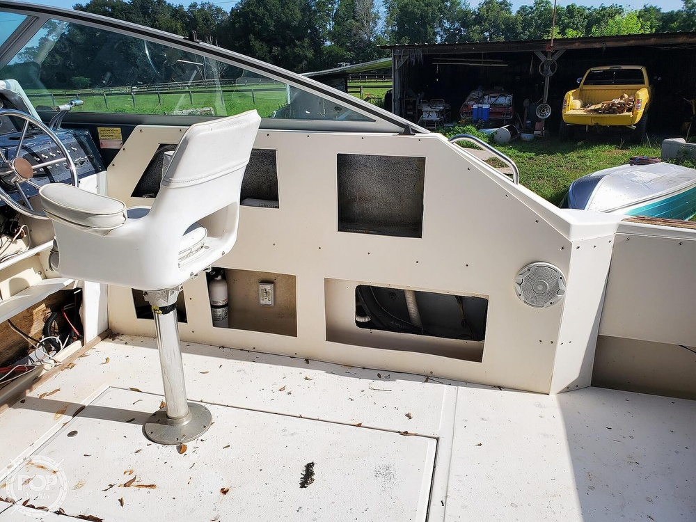 1986 Sea Ray boat for sale, model of the boat is 31 & Image # 22 of 40