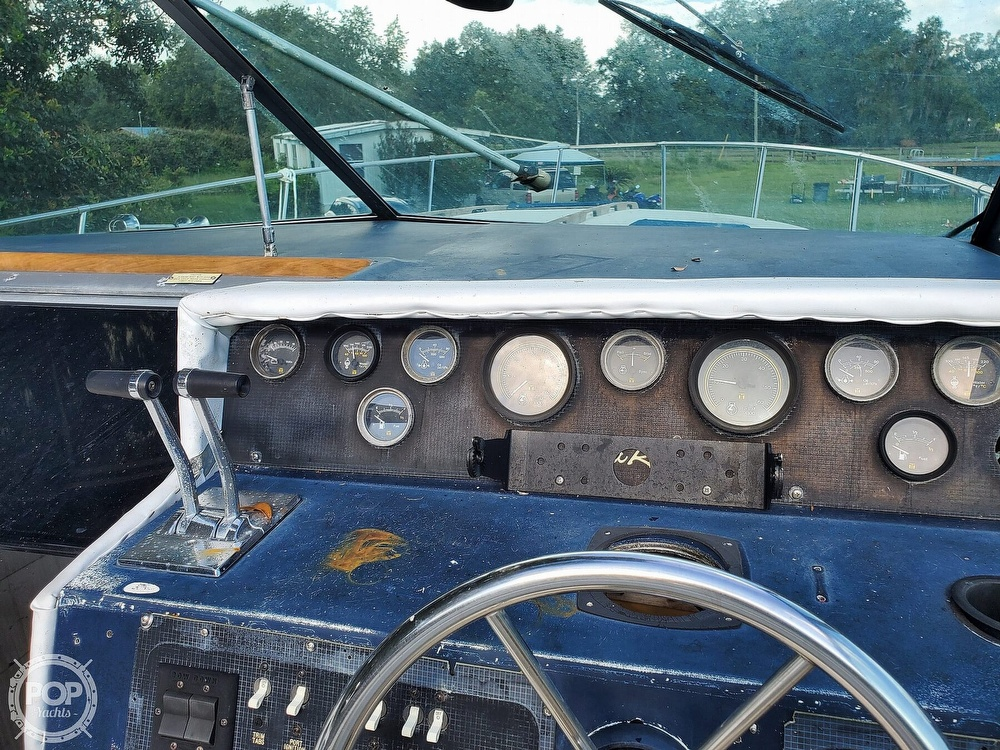 1986 Sea Ray boat for sale, model of the boat is 31 & Image # 36 of 40