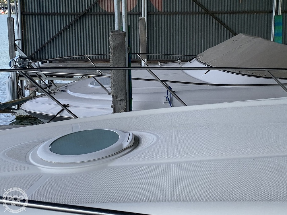 2003 Maxum boat for sale, model of the boat is 3100 SE & Image # 12 of 40