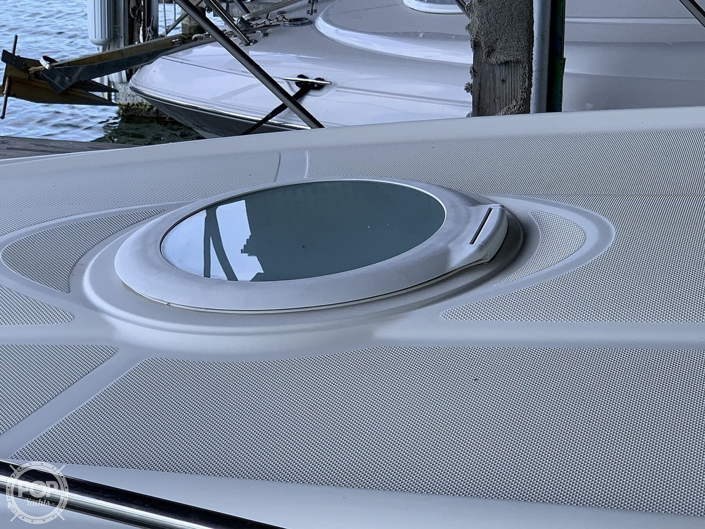 2003 Maxum boat for sale, model of the boat is 3100 SE & Image # 16 of 40