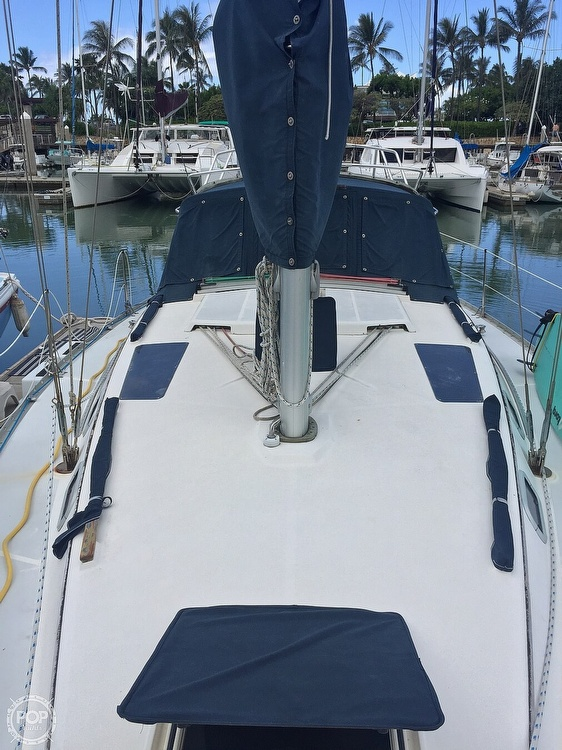 1990 Hunter boat for sale, model of the boat is 36 & Image # 2 of 41