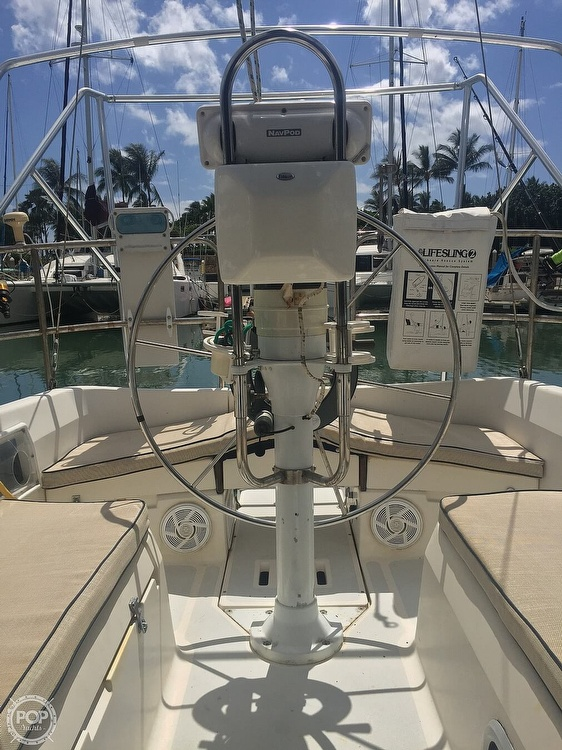1990 Hunter boat for sale, model of the boat is 36 & Image # 9 of 41