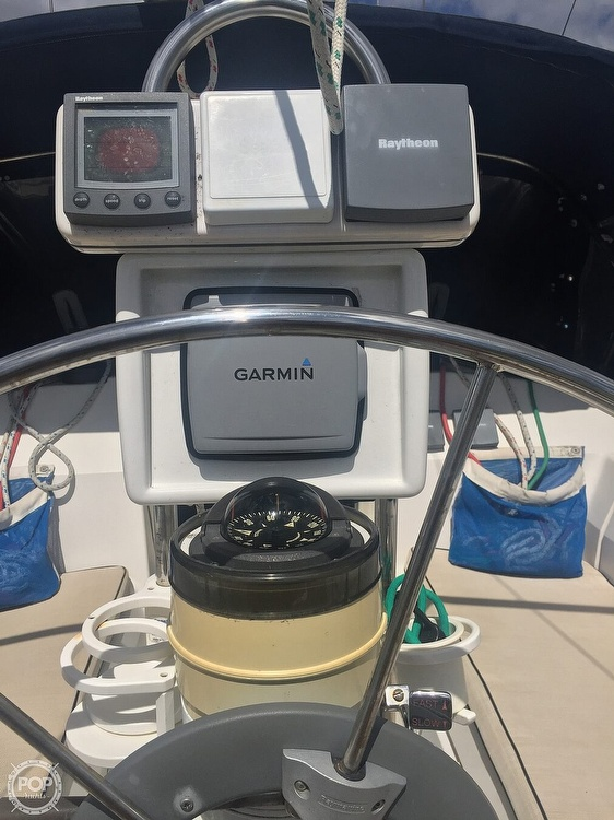 1990 Hunter boat for sale, model of the boat is 36 & Image # 10 of 41