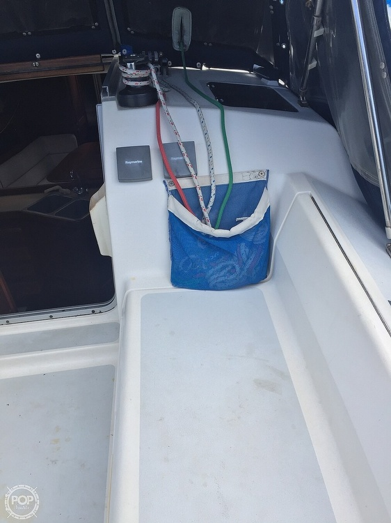 1990 Hunter boat for sale, model of the boat is 36 & Image # 16 of 41