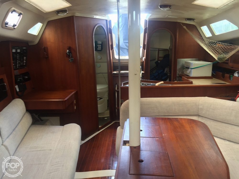 1990 Hunter boat for sale, model of the boat is 36 & Image # 37 of 41