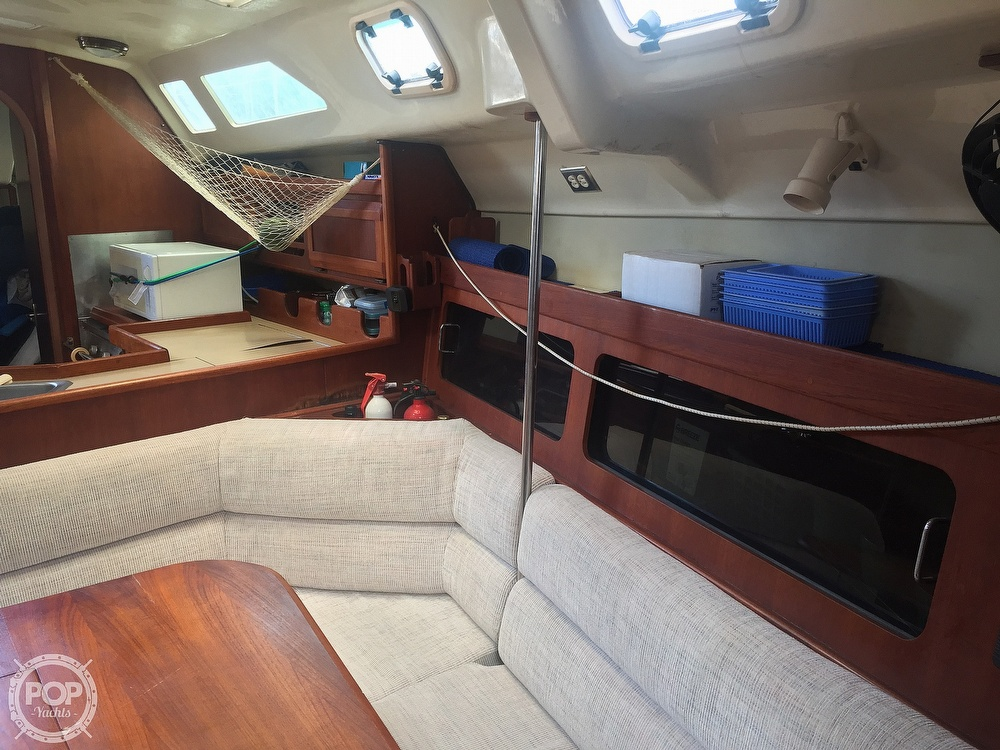 1990 Hunter boat for sale, model of the boat is 36 & Image # 38 of 41
