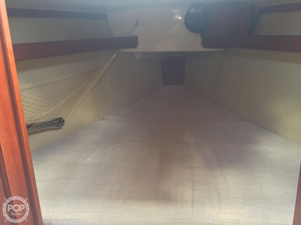 1990 Hunter boat for sale, model of the boat is 36 & Image # 39 of 41