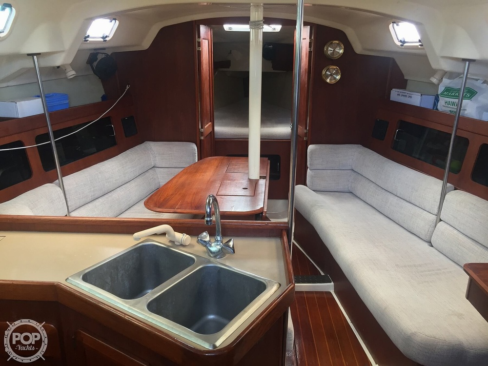 1990 Hunter boat for sale, model of the boat is 36 & Image # 40 of 41