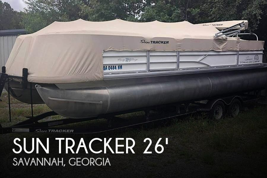 Used Sun Tracker Pontoon Boats For Sale by owner | 2017 26 foot Sun Tracker Party Barge