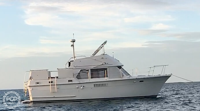 1973 Hatteras boat for sale, model of the boat is 38 Double Cabin & Image # 4 of 40