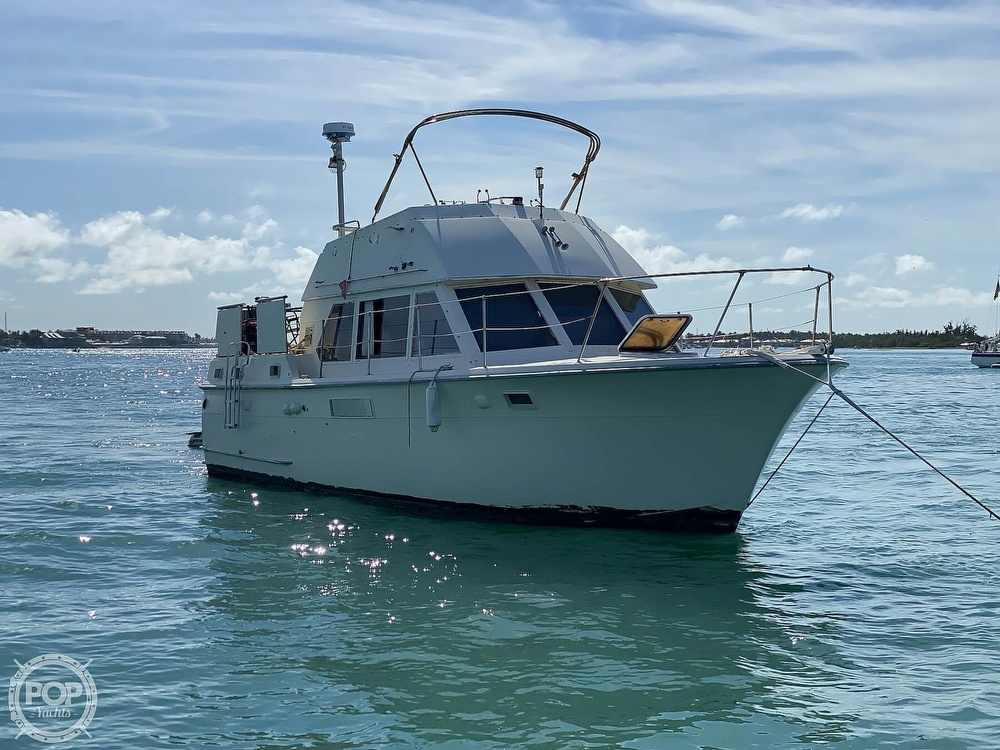 1973 Hatteras boat for sale, model of the boat is 38 Double Cabin & Image # 2 of 40