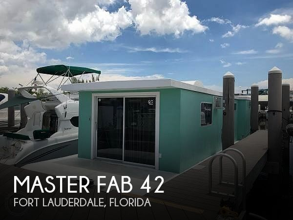 Used Houseboats For Sale in Miami, Florida by owner | 1986 Master Fabricators 42