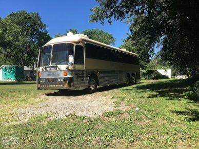 1988 Eagle Bus 15 - #1