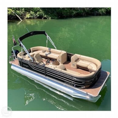 Crest III Performance Series, 23', for sale - $48,400