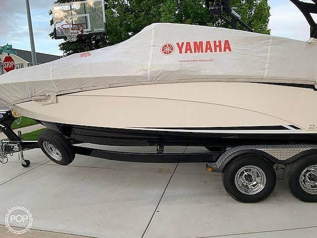 2016 Yamaha boat for sale, model of the boat is 242 Limited S & Image # 13 of 14