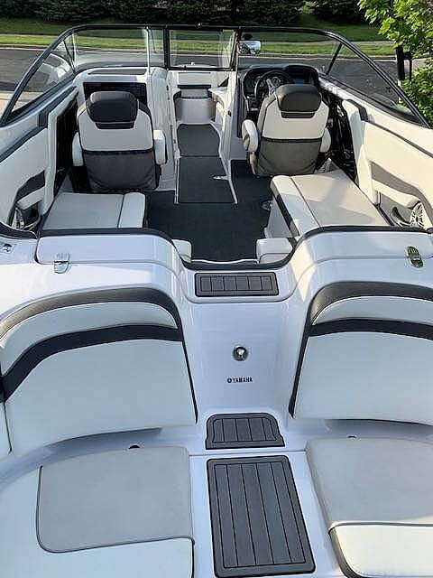 2016 Yamaha boat for sale, model of the boat is 242 Limited S & Image # 10 of 14