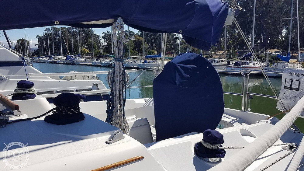 1989 Hunter boat for sale, model of the boat is Legend 37 & Image # 5 of 40