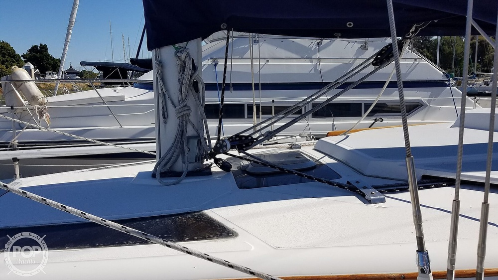 1989 Hunter boat for sale, model of the boat is Legend 37 & Image # 24 of 40