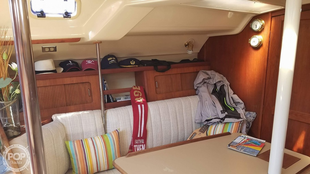 1989 Hunter boat for sale, model of the boat is Legend 37 & Image # 36 of 40